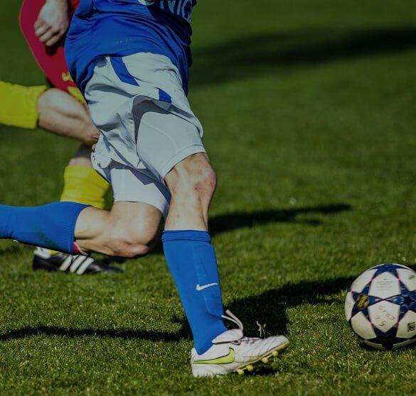 Abbigliamento e scarpe da calcio